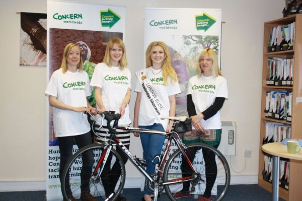 Photo L-R Natalie Jones (run), Carla Thompson (swim), London Rose Grace Kenny and Mila Robinson (cycle).