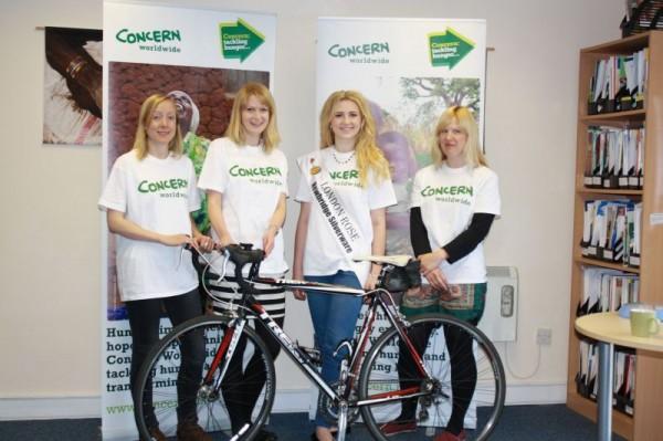Photo L-R Natalie Jones (run), Carla Thompson (swim), London Rose Grace Kenny and Mila Robinson (cycle).