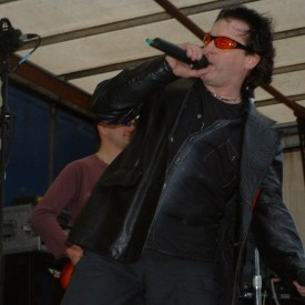 Live Music in Crawley High Street